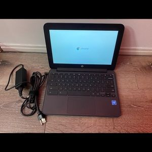 """HP 14""""Chromebook with 11+Hour Battery Lightweight"""